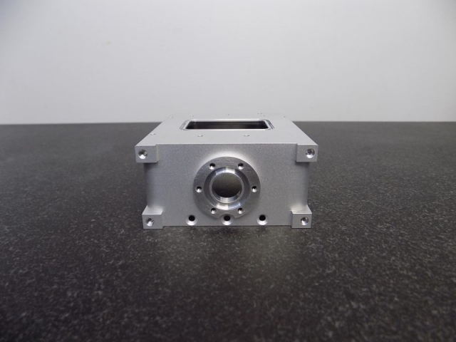 7075 aluminum vacuum housing